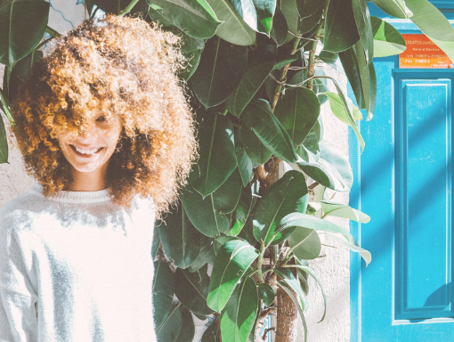 how to prevent dry frizzy natural hair